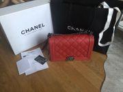 Chanel Boy Bag Tasche Rot