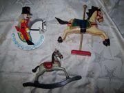 3 Stück große Holzfiguren Pferde