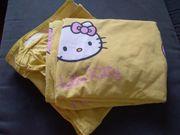 Große Hello Kitty Bettwäsche