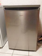 Kühlschrank freistehend mit Gefrierfach