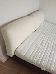 Bett 180 breit