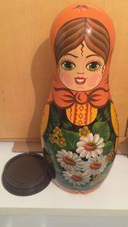 Babuschka Matroschka Puppe