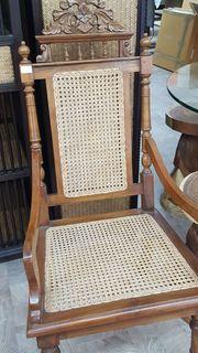 Antiker Stuhl mit Wiener Geflecht