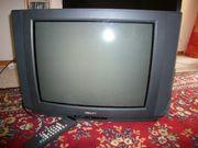 Fernseher alt mit Röhre perfekt