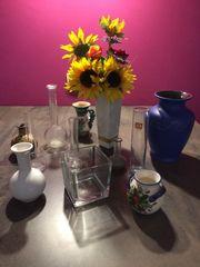 Blumenvasen diverse Deko Glas Porzellan