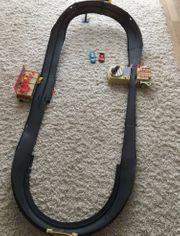 Cars Radiator Springs Rennbahn