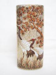 Dekorative Vase mit Kranich-Darstellungen vergoldet