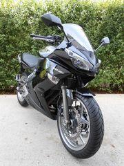 Kawasaki ER 6 F mit