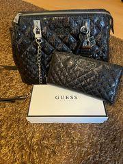 Handtasche und Geldbörse Guess