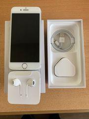 iPhone 8 Silber 64 GB
