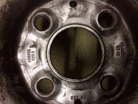 Sonstige Reifen - Sommerreifen mit Felgen für VW