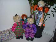 4 St. Clowns