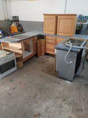 U-form küche mit Elektrogeräten