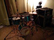Tolles Hybrid Drumset mit super