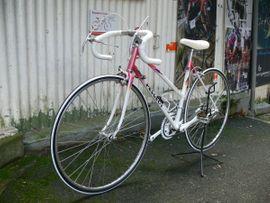Bild 4 - Damen - Straßenrennrad von PEUGEOT mit - Braubach