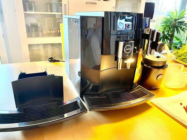 Jura E 80 Kaffeevollautomat TOP