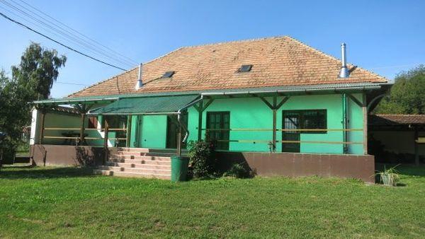 2 Familien- Wohnhaus in Ungarn