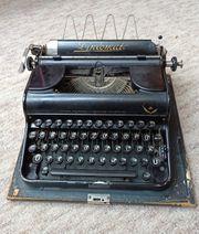 Schreibmaschine Diplomat antiquarisch von Olympia