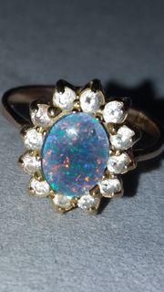 Goldring mit blauen Opal 585