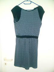 7 Damenkleider ideal für Flohmarkt