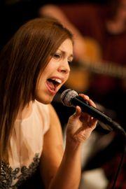Sängerin für Ihre Hochzeit Taufe