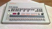 Drum Machine Roland TR-909-Techno Beatbox