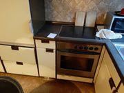 Küche komplett mit Herd Kühlschrank
