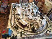 Märklin Modellbahnanlage mit Lokomotive und