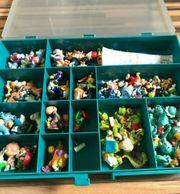 Ü-Ei Sammlung mit verschiedenen Figuren