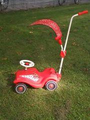 Bobby Car in rot weiß