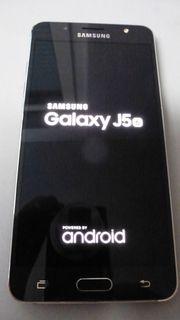 TOP Samsung Galaxy J5 schwarz
