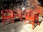 4 Gartenstühle in rot Holz