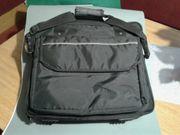Laptop Tasche Umhangstasche schwarz