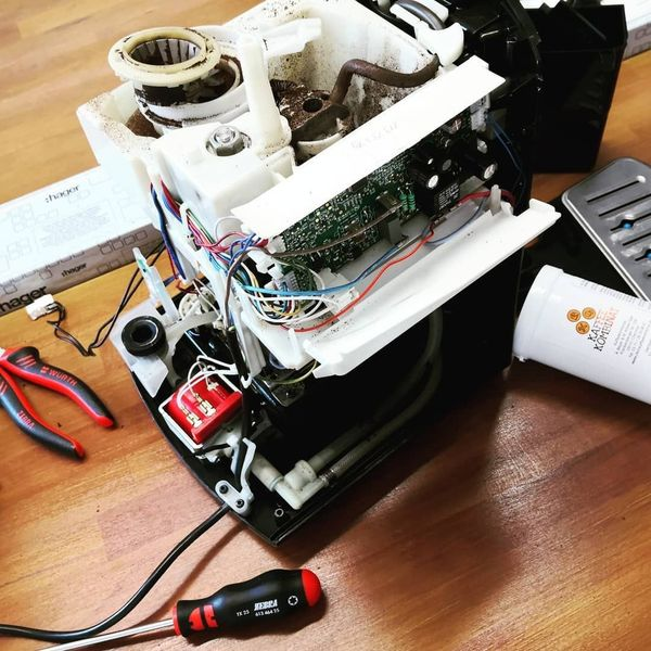 Reparatur von Kaffeemaschinen Kaffeevollautomaten