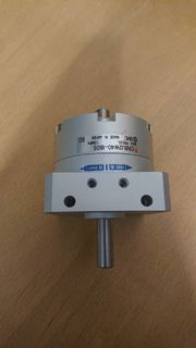 Pneumatischer Schwenkantrieb - SMC CRBU2W40 - 180S