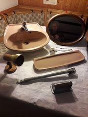 Keramik- Handwaschbecken u Zubehör