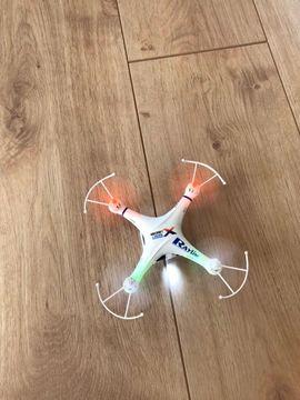 RC-Modelle, Modellbau - Quadrocopter Spiel Drohne vollständig mit