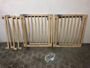 2 Treppenschutzgitter mit insg 4