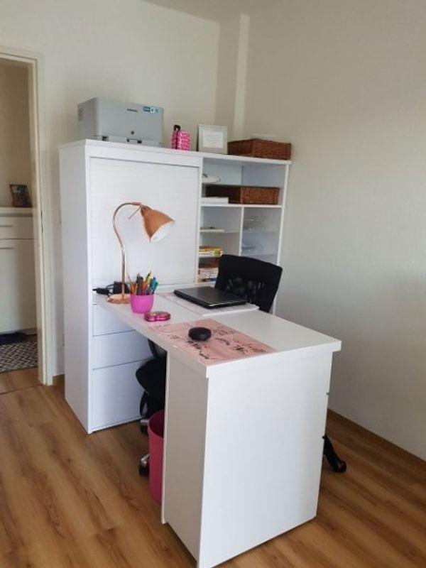 Klein-Büro