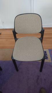 2 Besucherstühle