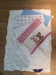 Kinderbettzeug mit Bettwäsche 4 Garnituren