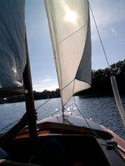 Segelboot Ixylon ähnlich mit Anhänger
