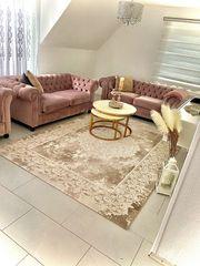 Chesterfield Sofa elegant neuwertig