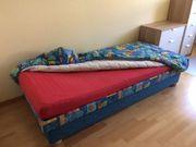Schönes auf klappbares Jugendbett