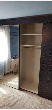 Schlafzimmerschrank - Spiegelschrank in Schwarz