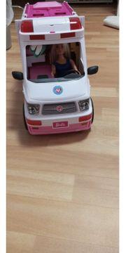 Krankenwagen Barbie