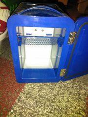 Mini-Kühlbox mit 9V Anschluss