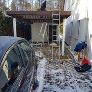 Carport mit Gerätehaus aus Stahlbeton-Fertigteile