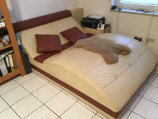 Sofa- Lounge