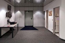 Fotostudio München sucht Untermieter: Kleinanzeigen aus München Westend - Rubrik Vermietung Ateliers, Übungsräume